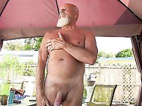 Зрелые мужчины